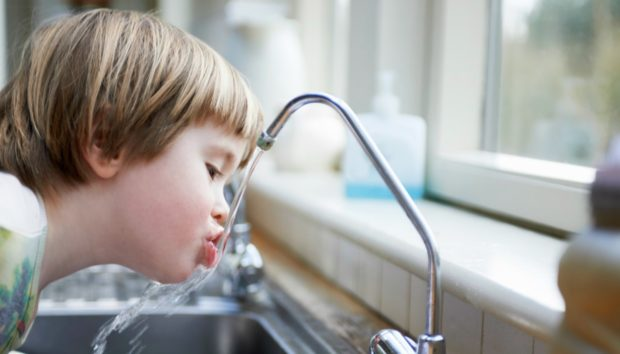 4 Καταστάσεις που δεν Πρέπει με Τίποτα να Πιείτε Νερό