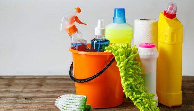 Μην Ανακατέψετε Ποτέ Αυτά τα Καθαριστικά Προϊόντα!