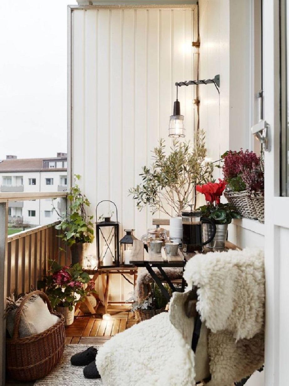 μικρό μπαλκόνι