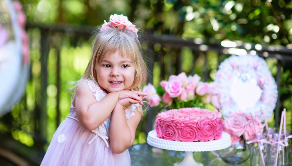 8a913d239e1 12 Οικονομικές και Έξυπνες Ιδέες για το Απόλυτο Παιδικό Πάρτι Γενεθλίων
