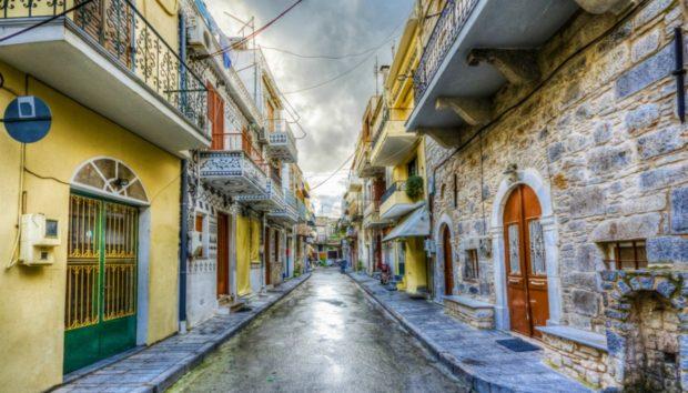 Ένα από τα πιο Όμορφα Χωριά της Ελλάδας που Θυμίζει Κάτι από Ιταλία!
