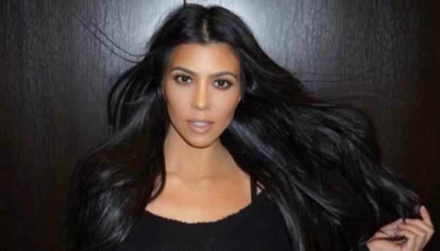 Η Αυλή της Kourtney Kardashian Είναι το Μοναδικό Μέρος που θα Θέλαμε να Βρισκόμαστε Αυτή τη Στιγμή!
