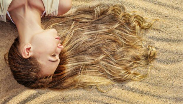 Φτιάξτε Κάθε Μέρα Μόνοι σας Τέλεια Κυμματιστά Μαλλιά Παραλίας