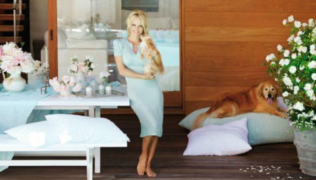 Pamela Anderson: Μπήκαμε στο Ονειρεμένο Σπίτι της στο Malibu!
