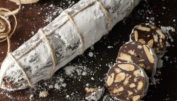 Να πώς θα Φτιάξετε το πιο Νόστιμο Σαλάμι από...Σοκολάτα
