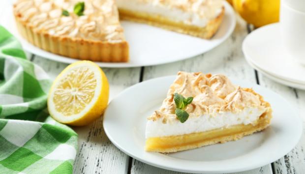 Φτιάξτε την πιο Νόστιμη Λεμονόπιτα που Έχετε Φάει Ποτέ