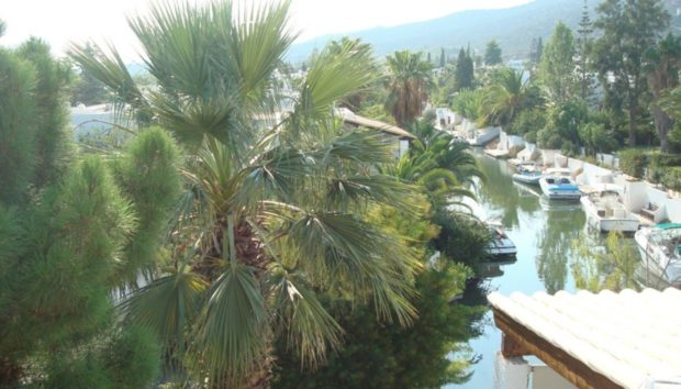 Το Miami της Ελλάδας Βρίσκεται Μόλις Δυόμιση Ώρες Μακριά από την Αθήνα