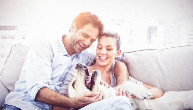 Ένας Ειδικός στις Σχέσεις Αποκαλύπτει Ποιο Είναι το Μυστικό για έναν Ευτυχισμένο Γάμο!
