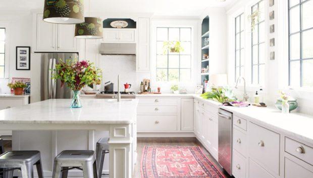 10 Υπέροχα Χαλιά που θα Μεταμορφώσουν την Κουζίνα σας
