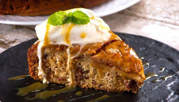 Ανάποδη Μηλόπιτα με Σοκολάτα: Το Τέλειο Γλυκό για τον Απογευματινό Καφέ της Παρασκευής