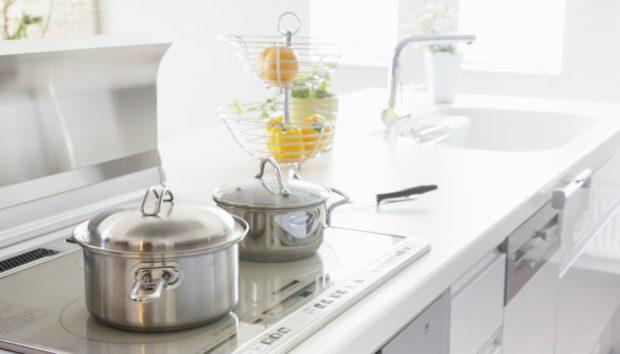 10 Βασικοί Κανόνες που Πρέπει να Ξέρετε για τη Φροντίδα των Μαγειρικών Σκευών