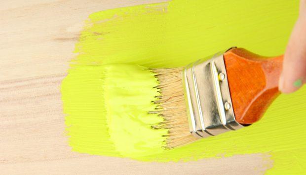 «Πώς Μπορώ να Βάψω τα Ξύλινα Κομοδίνα μου;»