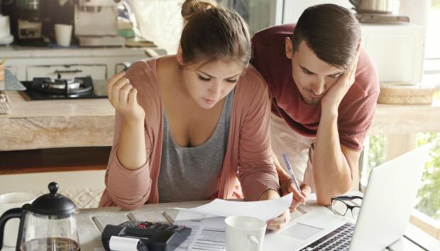 Αν Είστε Άνω των 30 Τότε ΑΥΤΕΣ τις Οικονομικές Συμβουλές Πρέπει να Ακολουθήσετε