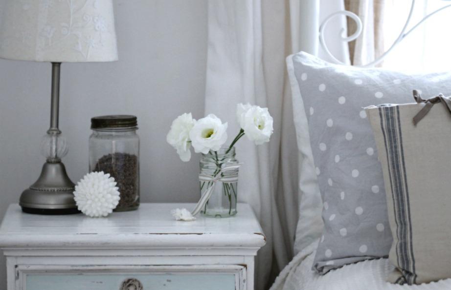 Θέλετε νέα ξεκινήματα και να κλείσετε τις παλιές κακές φάσεις της ζωής σας; Βάλτε λευκό στο σπίτι σας.