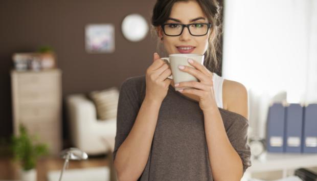 Ένα Ιδιοφυές Κόλπο που θα σας Βοηθήσει να Δείτε Καθαρά Χωρίς τα Γυαλιά Μυωπίας
