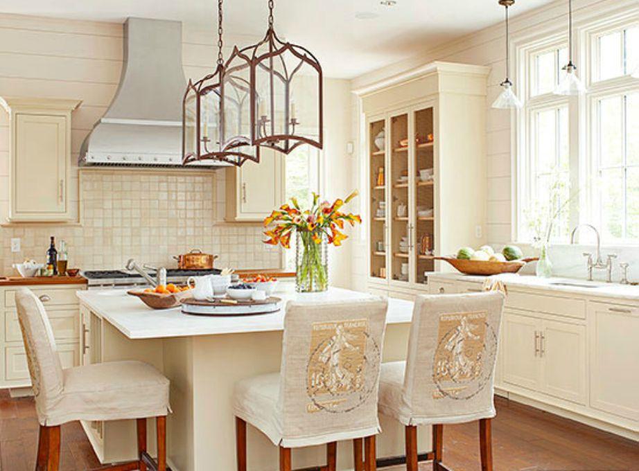 Το σαμπανιζέ είναι ένα χρώμα που ταιριάζει πολύ σε κουζίνες και υπνοδωμάτια.