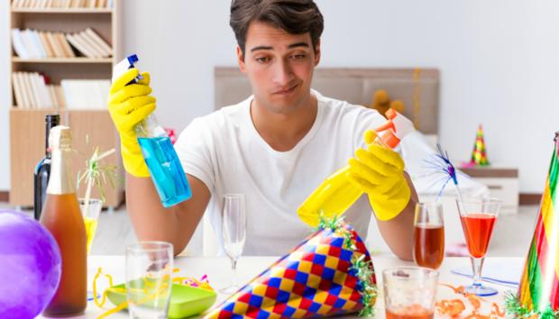To DO list: Όλα Όσα Πρέπει να Καθαριστούν στο Σπίτι Μετά από το Χριστουγεννιάτικο Τραπέζι