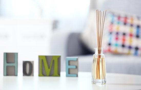 Κάντε το Σπίτι σας να Μυρίσει Όμορφα Μέσα σε Λίγα Μόνο Λεπτά