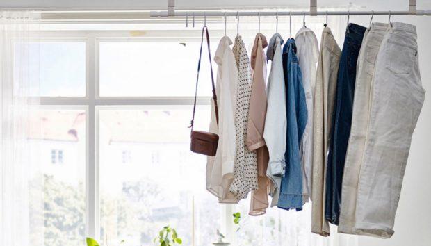 H Απόλυτη Τάση: Αποθηκεύστε τα Ρούχα σας Εκτός Ντουλάπας