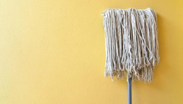 Μάθετε Πως Πρέπει να Σφουγγαρίζετε Κάθε Πάτωμα Ανάλογα με το Υλικό του