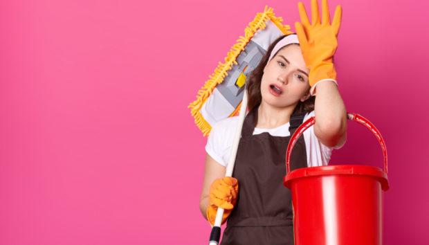 Βαριέστε τις Δουλειές του Σπιτιού; 10 Γρήγορα Tips που θα σας Σώσουν τη Ζωή (VIDEO)