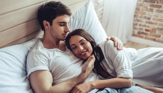 Ασύμβατα Ζευγάρια: Με Αυτό το Ζώδιο δεν Πρέπει Ποτέ να Κάνετε Σχέση