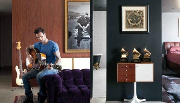 Αυτό Είναι το Εκπληκτικό Σπίτι που Πούλησε ο Adam Levine στον John Mayer!