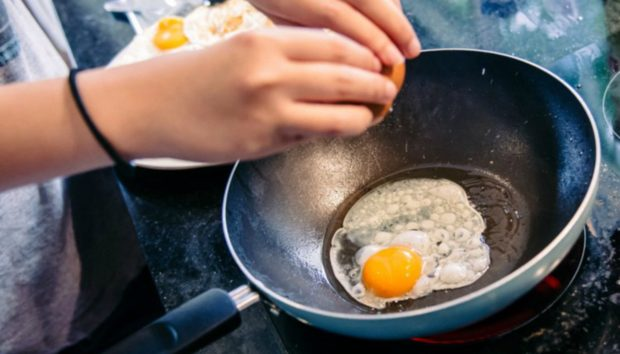 6 Τροφές που οι Διατροφολόγοι Τρώνε Κάθε Μέρα
