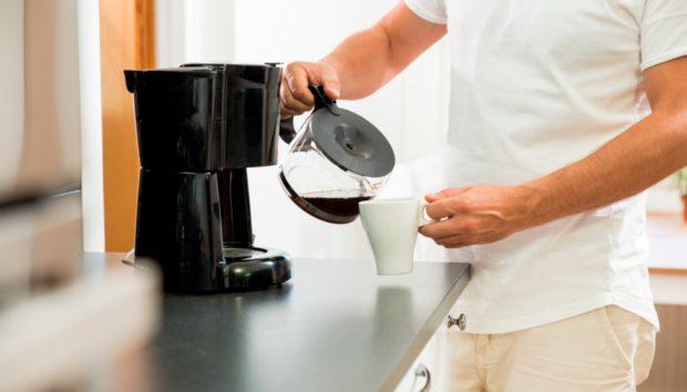 Η Ιστορία του Υπέροχου Ανθρώπου που Ήπιε ΠΡΩΤΟΣ από Όλους Καφέ!