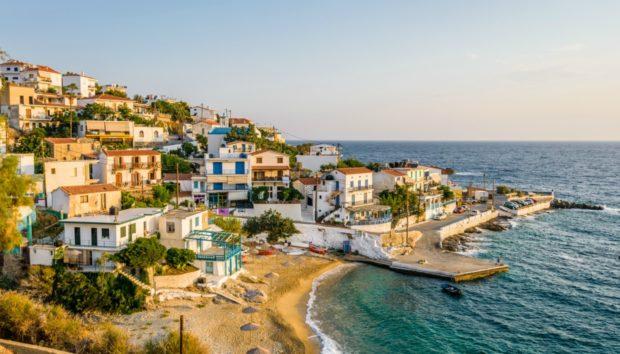 Αυτό Είναι το πιο Οικονομικό Ελληνικό Νησί!!