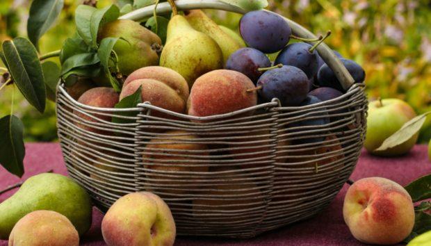 Αυτό Είναι το Φρούτο που δεν Πρέπει να Βάζετε στο Ψυγείο Δίπλα σε Φρούτα και Λαχανικά!