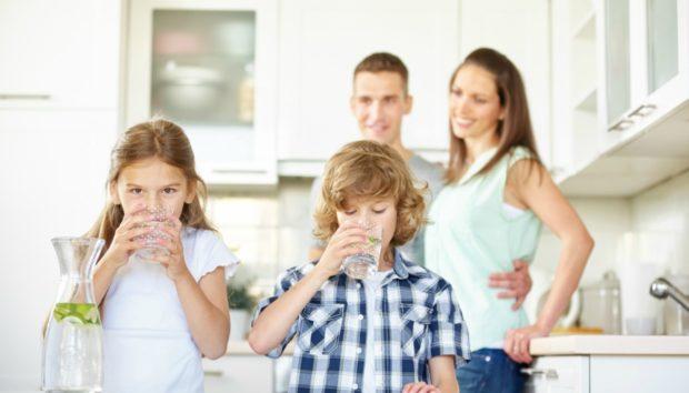 Τα 7 Μυστικά των Ανθρώπων που Πίνουν Πολύ Νερό