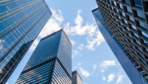 Δείτε πώς Ολοκληρώθηκε Ένας Ουρανοξύστης 57 Ορόφων σε Μόλις 19 Μέρες (VIDEO)