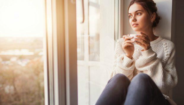 Νέα Έρευνα: Αυτό Είναι το Ρόφημα που Μπορείτε να Πίνετε το Πρωί και να Καίτε Θερμίδες Όλη μέρα!