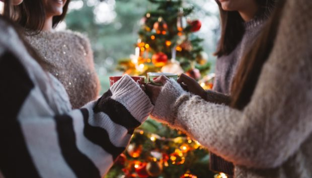 Πώς Είναι τα Χριστούγεννα για Κάθε Ζώδιο; Ποια Νιώθουν Μεγαλύτερη Μελαγχολία;