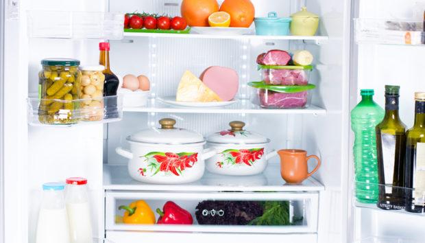 Τα Απαραίτητα Υλικά που Πρέπει να Έχετε Πάντα στο Ψυγείο