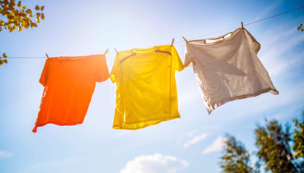 a97f7e21f08c 5 Tips για να Απλώσετε Σωστά τα Ρούχα σαςspirossoulis.com – the home ...