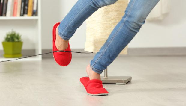 4 Έξυπνοι Τρόποι για να Κρύψετε τα Καλώδια των Συσκευών σας