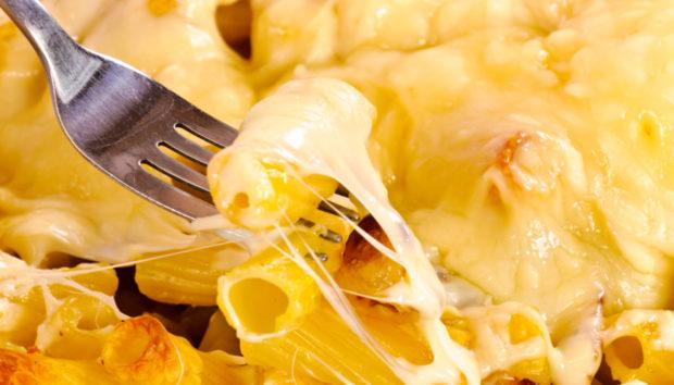Μακαρόνια με Λαχταριστή Σάλτσα Τυριών