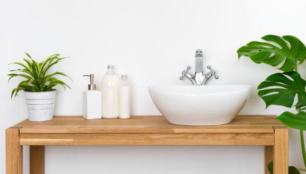 5 Συνήθειες που σας Υπόσχονται πως το Μπάνιο σας θα Παραμείνει Καθαρό!