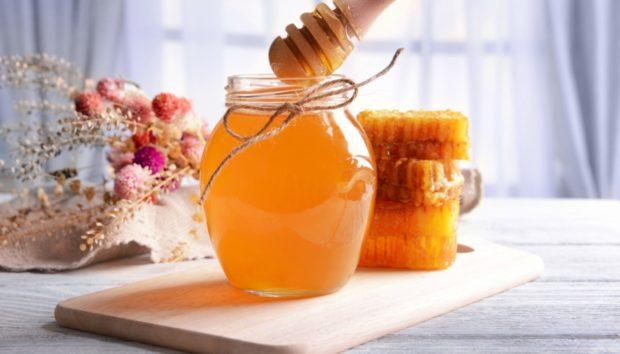 Μέλι: Μάθετε τις 4 Άγνωστες Χρήσεις του Μέσα στο Σπίτι