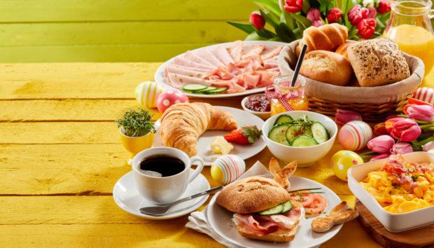 20 Πασχαλινά Διακοσμημένα Τραπέζια που θα σας Εμπνεύσουν Απίστευτα!