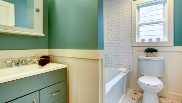 7 Πράγματα που Είναι Απαραίτητα σε Όλα τα Μικρά Μπάνια