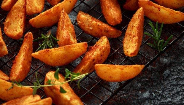 Αυτές Είναι οι πιο Νόστιμες Τηγανιτές Πατάτες στον... Φούρνο!