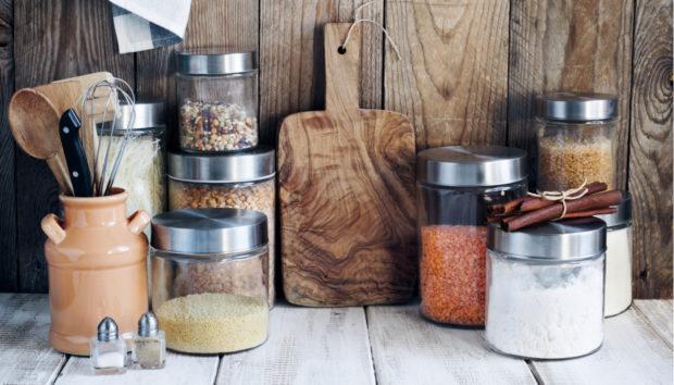 Έτσι θα Οργανώσετε την Κουζίνα σας με Γυάλινα Βαζάκια!