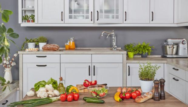 Ανανεώστε τα Ντουλάπια της Κουζίνας με Αυτές τις 4 Υπέροχες Ιδέες!