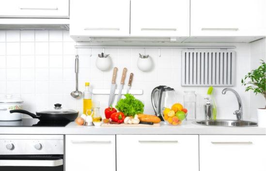 Το Trick Ενός Διάσημου Διακοσμητή για να Κάνετε την Κουζίνα σας Ομορφότερη σε 10 Λεπτά!