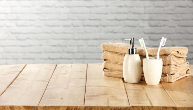 10 Ιδέες για Ξύλινες Αποθηκευτικές Λύσεις στο Μικρό σας Μπάνιο!