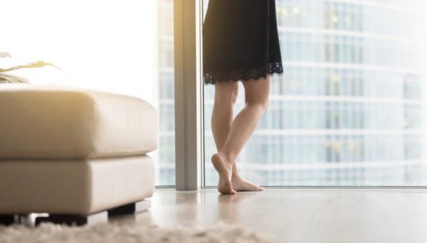 Αυτός Είναι ο Τρόπος για να Έχετε Πεντακάθαρο Πάτωμα Χωρίς Καθάρισμα!