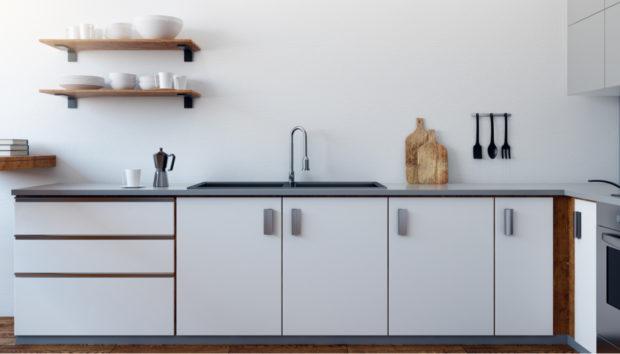 Ξύλινα Ντουλάπια Κουζίνας: 5 Tips για να τα Βάψετε!